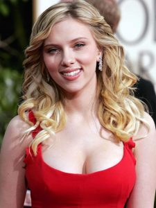 Scarlett Johansson rhinoplasty