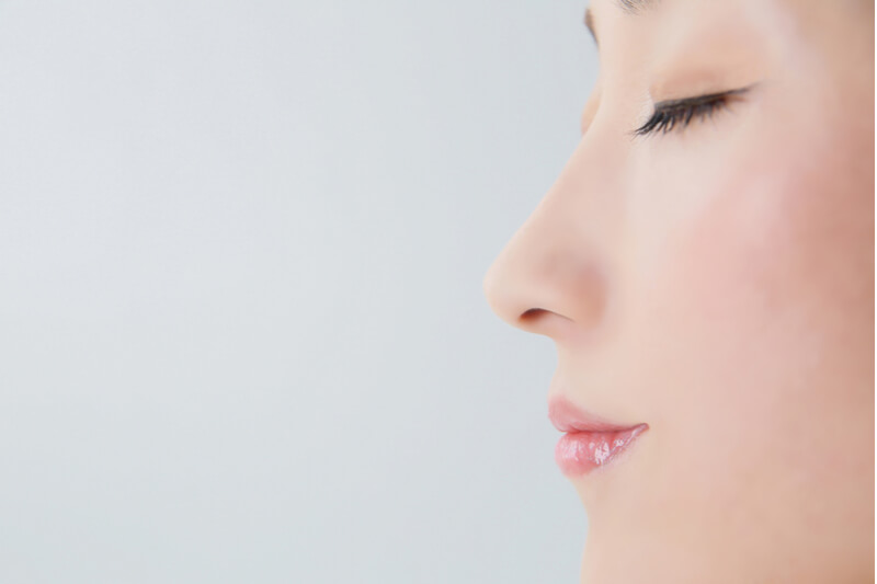 Nose Fillers VS Rhinoplasty: What to expect